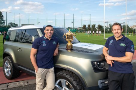 Advertissement : New Land Rover Defender delivers the Webb Ellis Trophy to South Africa at Rugby World Cup Final